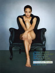 Angelina Jolie - Marc Hom Photoshoot For Park Avenue [HQ]