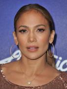 Дженнифер Лопес, фото 8827. Jennifer Lopez - American Idol Top 13 Finalists Party, march 1, foto 8827