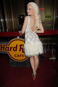 Holly Madison @ Hard Rock Cafe on The Strip 28-02-2011